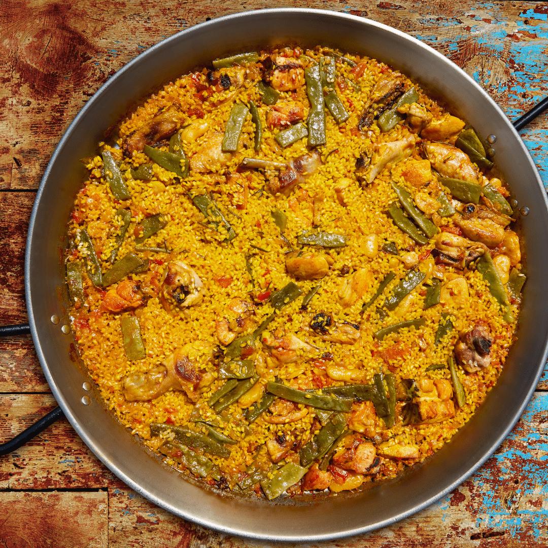 Paella Valenciana con arroz Pasamar, productos Valencianos